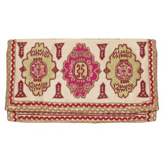 Clutch with Embroidery