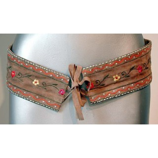 Suede Flower Embroidery Belt